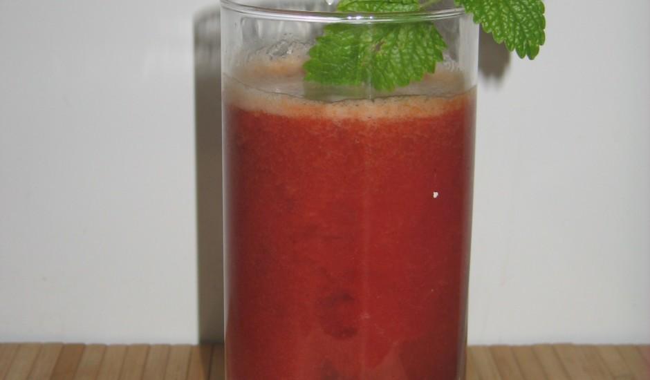 Augļu-ogu sulas kokteilis