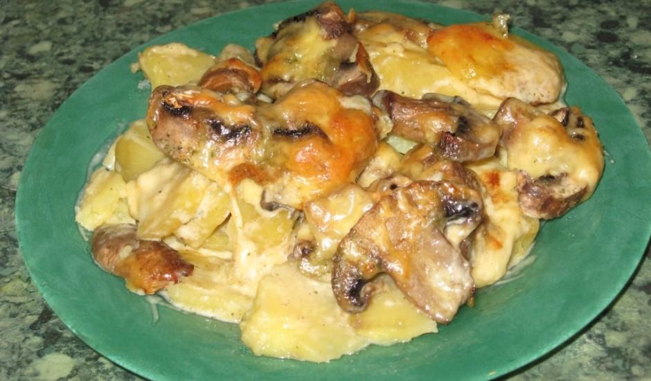 Šampinjonu un kartupeļu sacepums :)
