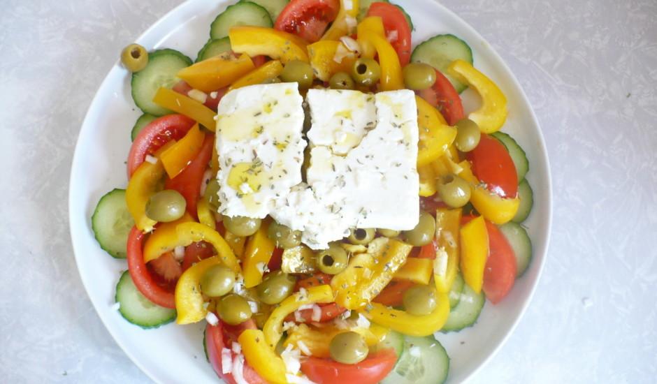 Grieķu salātu versija