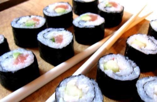 Suši (vienkārši un tik pat labi)