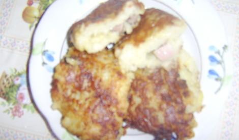 Vārīttu kartupeļu plācenīši ar žāvētu galiņu