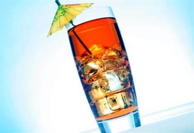 Long island ice tea (longailendas ledus tēja)