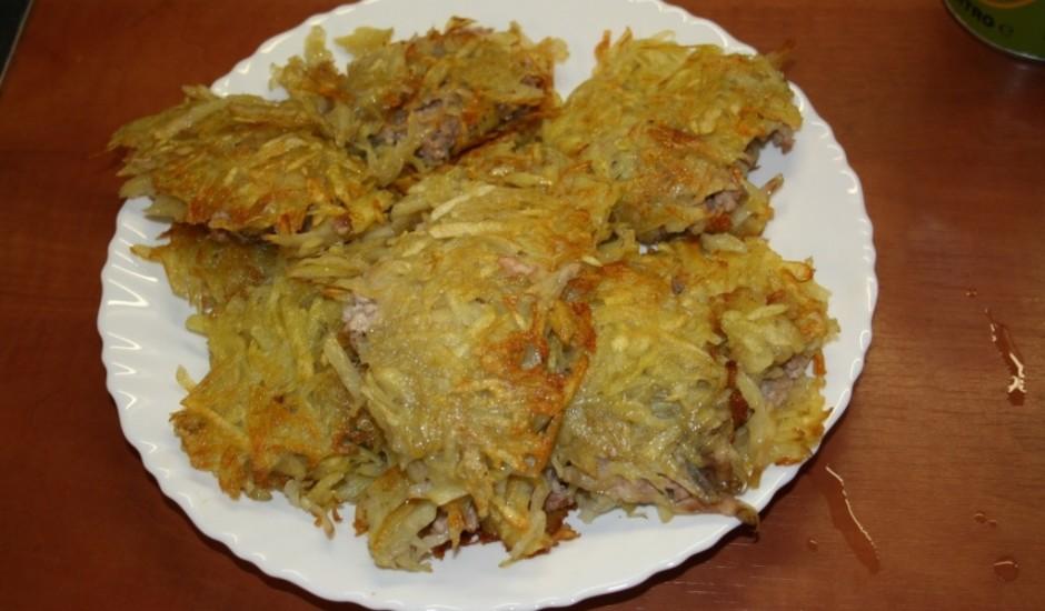 Pildītās kartupeļu pankūkas