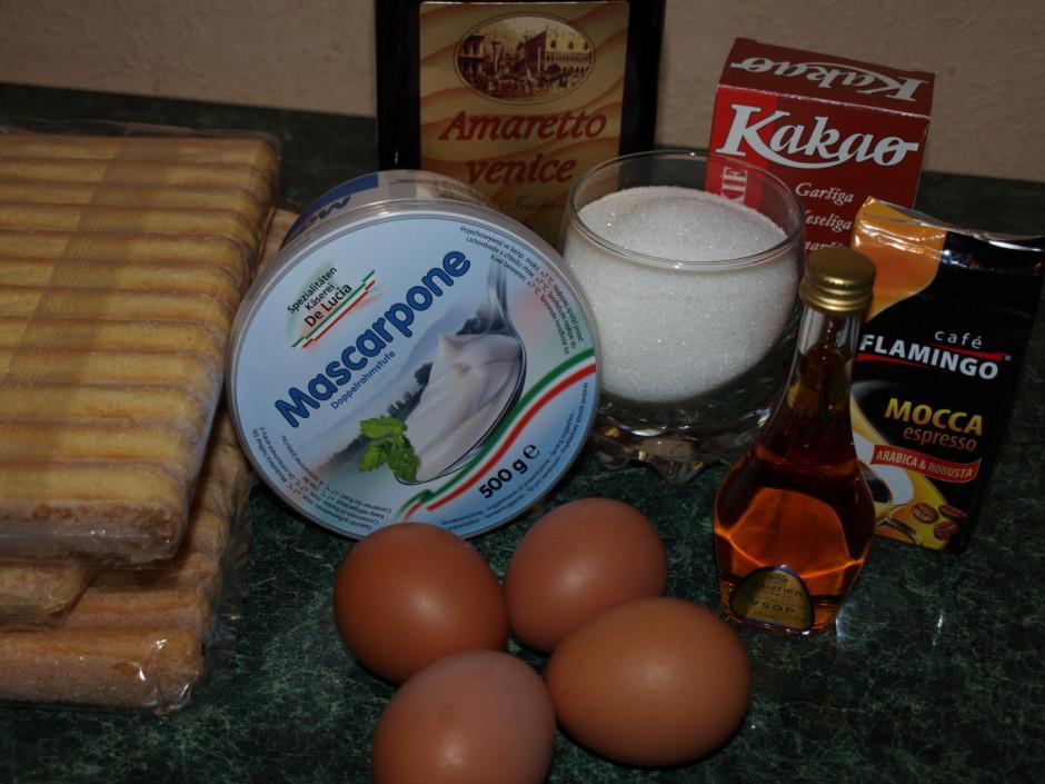 Vismaz 8 min. puto olas dzeltenumus ar cukuru. Masai pielej...