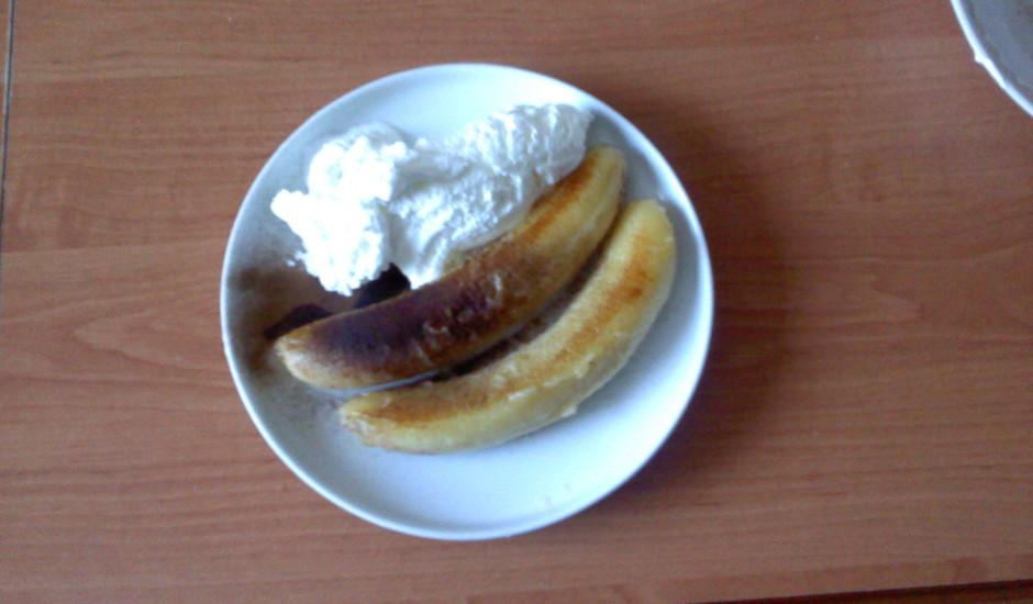 Cepti banāniņi ar saldējumu 2