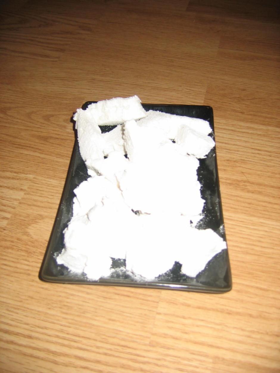 Tad ar karstu, bet sausu nazi sagriež 4x4 kvadrātiņos (es iz...