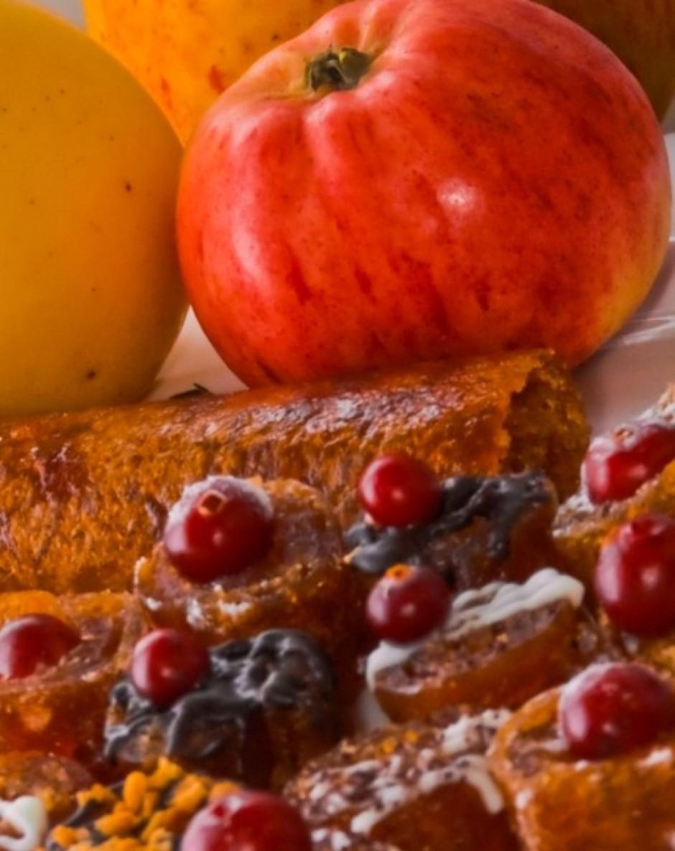 * Marmelādi var pagatavot biezākā vai plānākā kārtā. Biezo k...