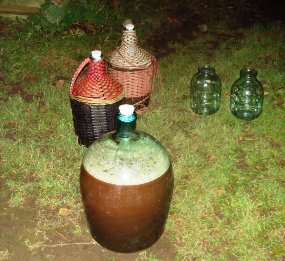 - Sulu uzreiz salējām raudzējamajās pudelēs + vairākus litru...