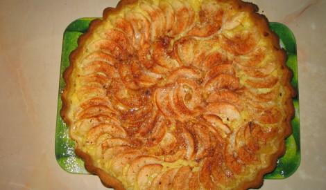 Franču ābolu pīrāgs