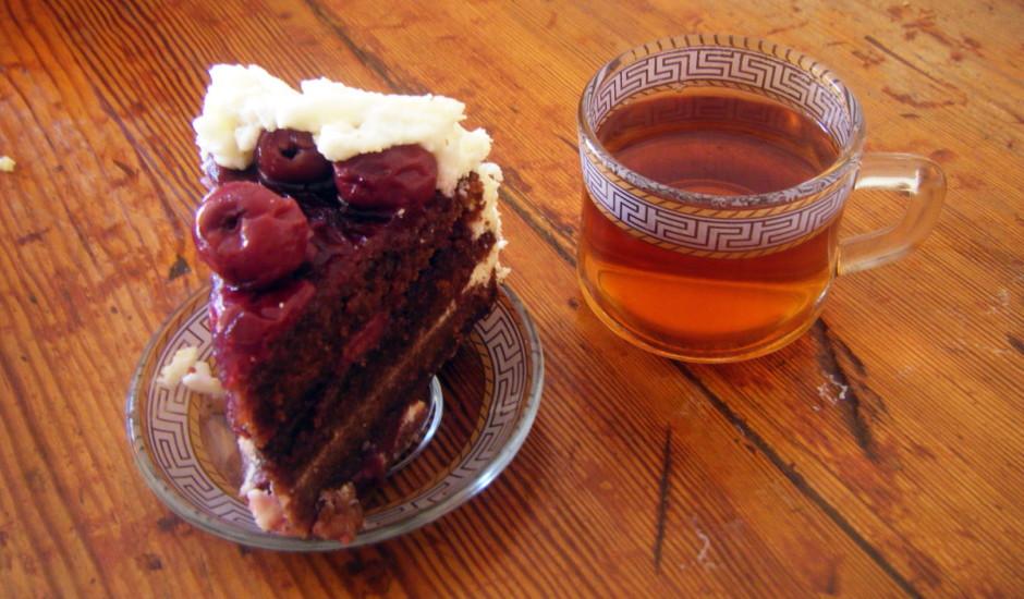 Black forest cake (torte melnais mežs)