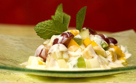 Augļu salātiņi ar jogurtu