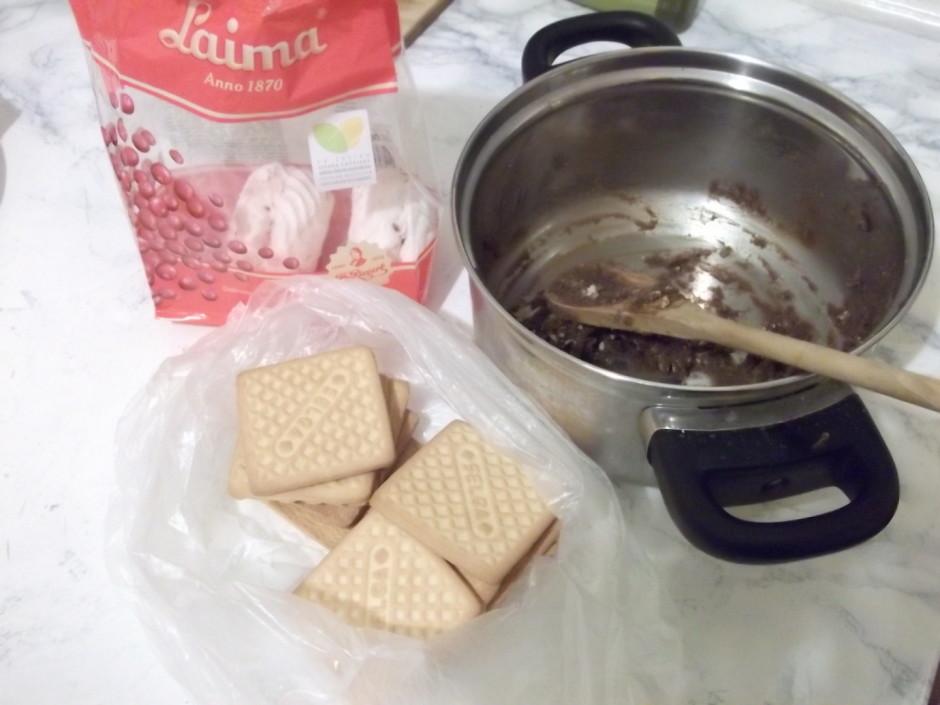 Pēc tam ņem zefīrus un pārējos Selgas cepumus (24 gab.) un v...
