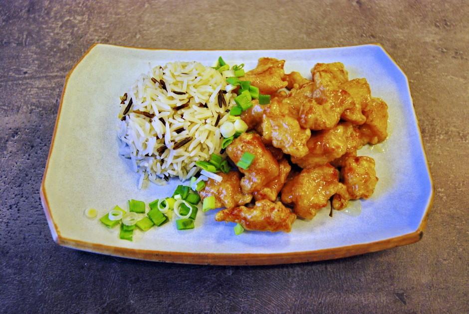 Pasniedz kopā ar siltiem rīsiem.