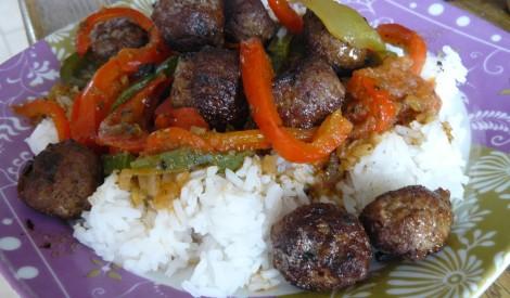 Maltās gaļas un paprikas kārtojums