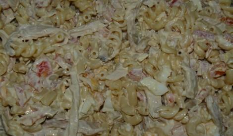 Sēņu un vistas gaļas salāti