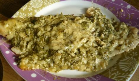 Zivs fileja diļļu un sieru mērcē