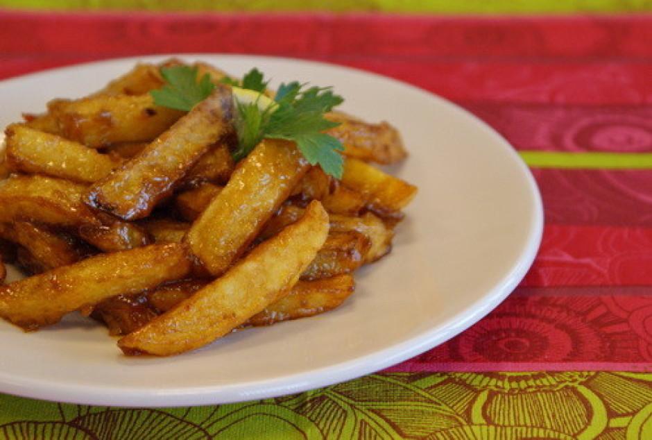!!! Kartupeļus mērcei pievieno īsu mirkli pirms plānojas ēdi...