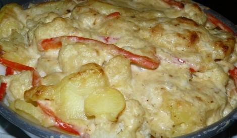 Puķkāpostu un kartupeļu sacepums