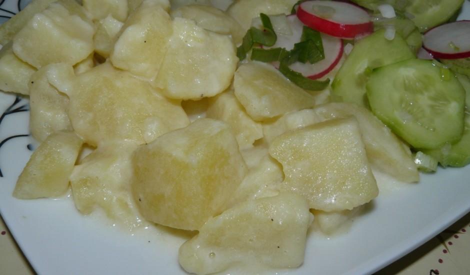 Pienā vārīti kartupeļi