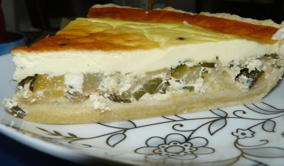 Cukīni pīrāgs ar aitas sieru
