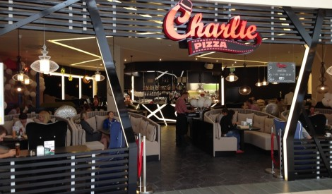 """Grāpītis iesaka jauno """"Charlie Pizza"""" restorānu!"""