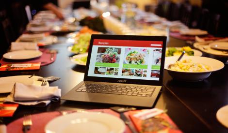 Receptes.lv lielākā pavārgrāmata internetā, jaunās receptes aplikācijas - labākā dāvana šajos svētkos!