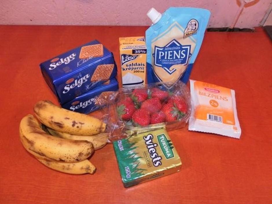 Viss, kas jums vajadzīgs ir: banāni, sviests, zemenes, biezp...