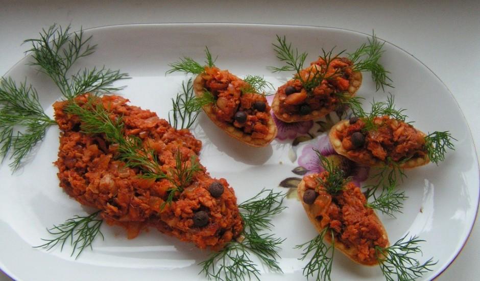 Piparotie zivs salāti