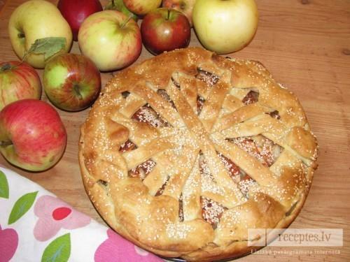 """Ābolu pīrāgs """"Rudens"""""""