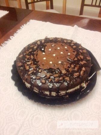 """Šokolādes konfekšu torte """"Melnais valentīns"""""""