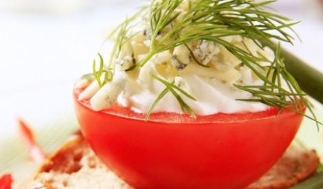 Ar vistas gaļu pildīti tomāti