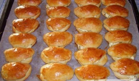 Pīrādziņi ar balto sieru