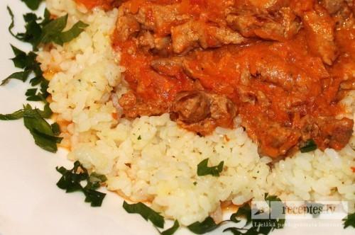 Viens ritīg` garšīgs strogonovs ar rīsiem