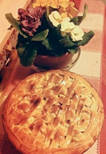 Ābolu - kanēļa pīrāgs