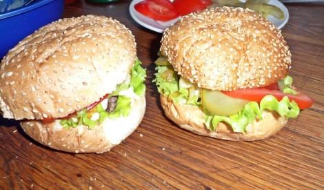 Mājas burgers