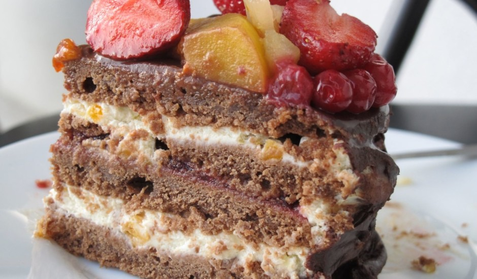 Šokolādes kūka nozīmīgiem svētkiem