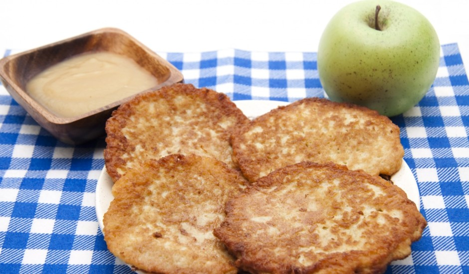 Brokastu ābolu pankūkas