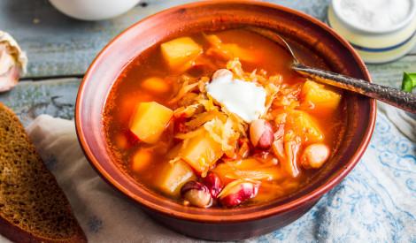 Biešu-pupiņu zupa
