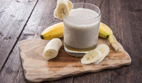 Banānu - piena koktelis
