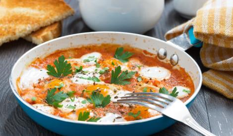 Menemen - olas ar tomātiem