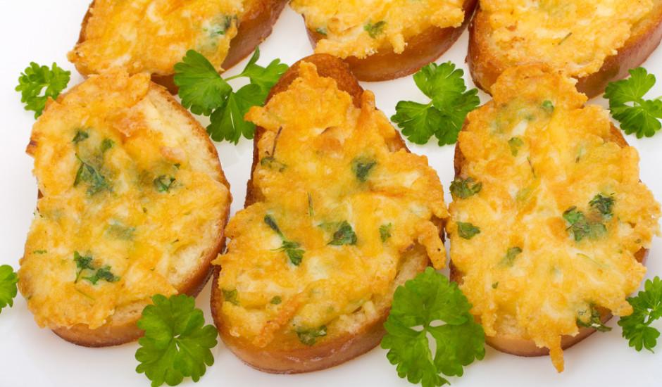 Karstmaizes ar vārītām olām un sieru