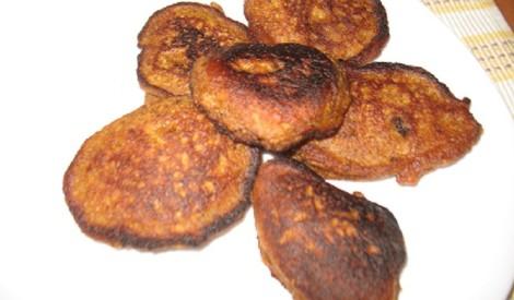 Ķirbju-rudzu rīvmaizes pankūkas