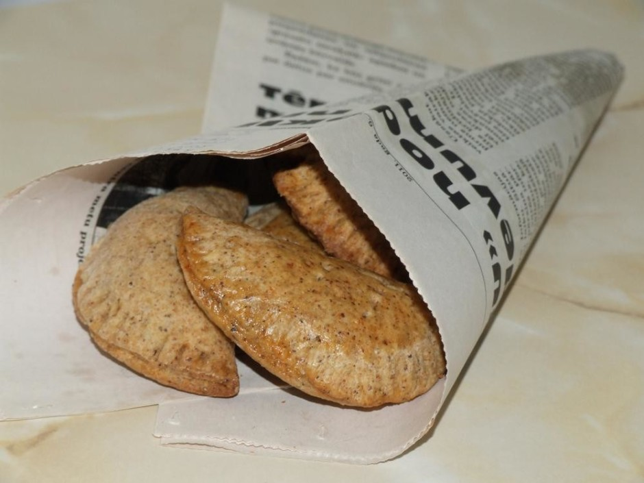 Vienu rindu smērēju ar olu,gribēju redzēt kuri pīrādzini izs...