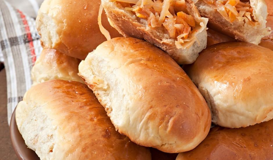 Ātri pagatavojami pīrādziņi ar kāpostiem
