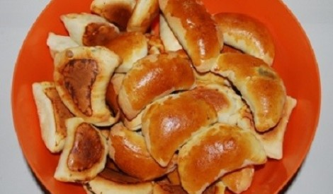 Pīrādziņi ar žāvētu gaļu