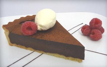 Tumšās šokolādes - čili pīrāgs