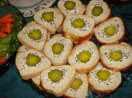 Burkānu-skābu gurķu maizīte