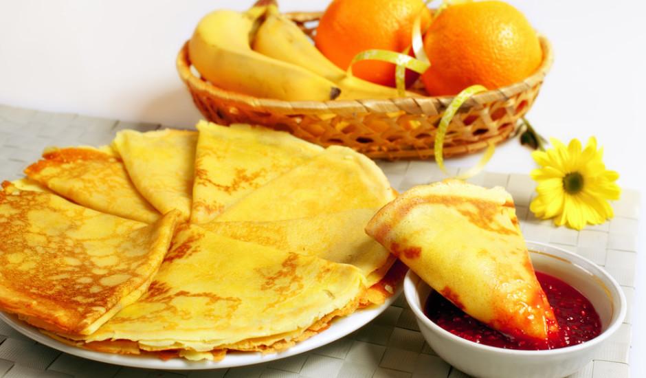Plānās siera un apelsīnu pankūkas