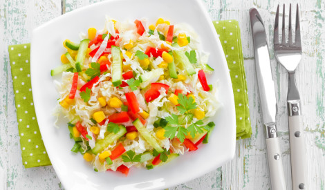 Zviedru salāti ar kukurūzu