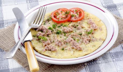 Omlete ar konservētu tunci